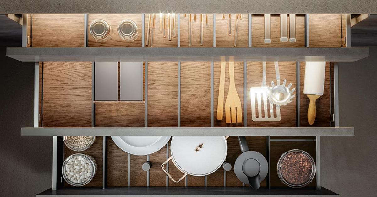 Optimiser ses rangements en cuisine - les étagères - Armony Cuisine La Garenne-Colombes